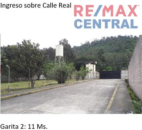 Remax real estate, Guatemala, El Tejar, BODEGA EN VENTA  EN KM 49.5SAN MIGUEL MORAZÁN, EL TEJAR, CHIMALTENANGO, TERRENO: 13,974.78 M2, CONSTRUCCIÓN: 4,757 M2, $28,000, 8 BAÑOS (4 COMPLETOS)