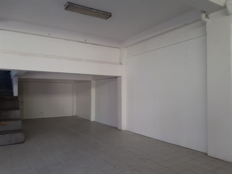 Remax real estate, Guatemala, Zona 11, LOCAL FOR RENT IN AGUILAR BATRES US$ 1800.00 AREA: 10M FRONT x 15M OF FUND, 2 LEVEL: 60M2, 1 BATHROOM, 1 BATHROOM, 6 PARKS