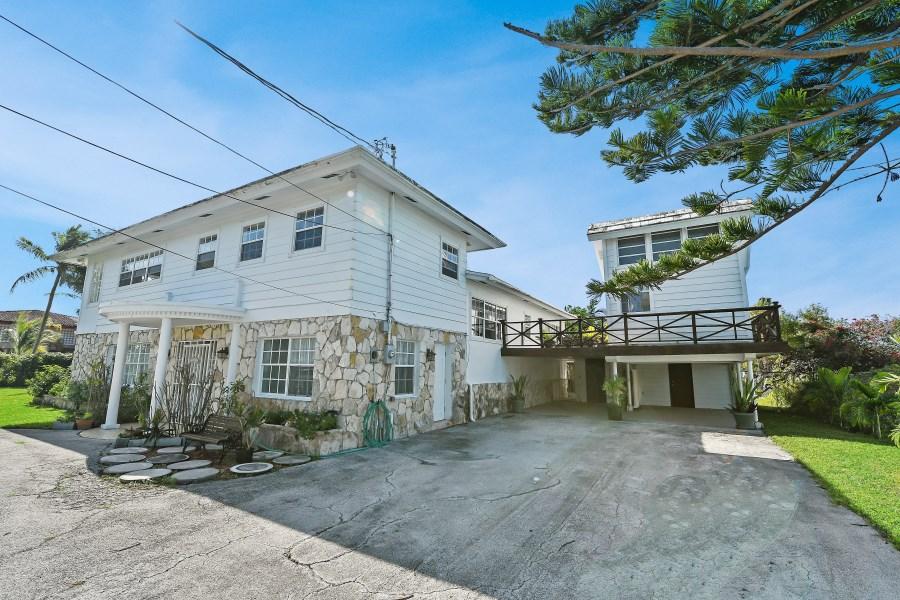 RE/MAX real estate, Bahamas, Lucaya, Ocean View Villa
