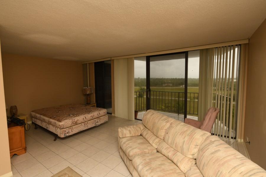 RE/MAX real estate, Bahamas, Lucaya, Studio Lucayan Towers North