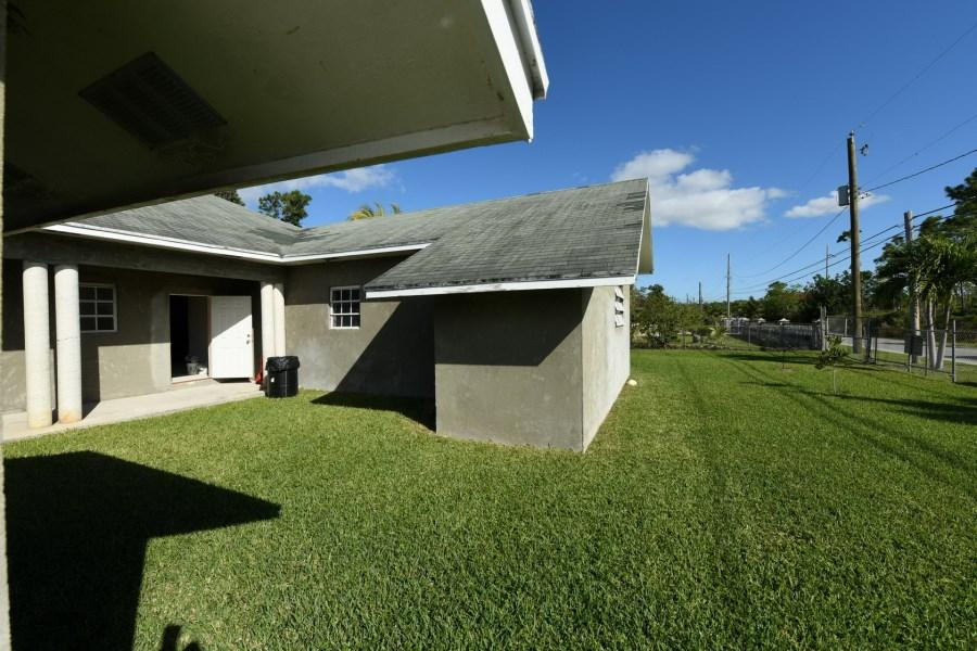 RE/MAX real estate, Bahamas, Freeport, MALIBOO REEF DUPLEX