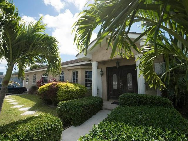 RE/MAX real estate, Bahamas, Nassau, AWESOME HOME GOLDEN GATE