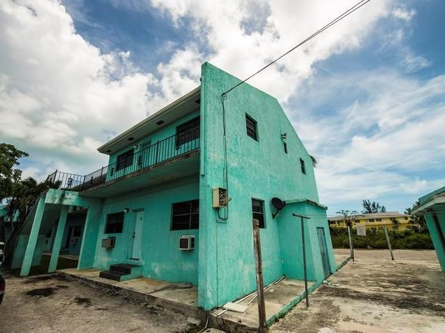 RE/MAX real estate, Bahamas, Prince Charles Drive, NASSAU EAST 2 BR CONDO