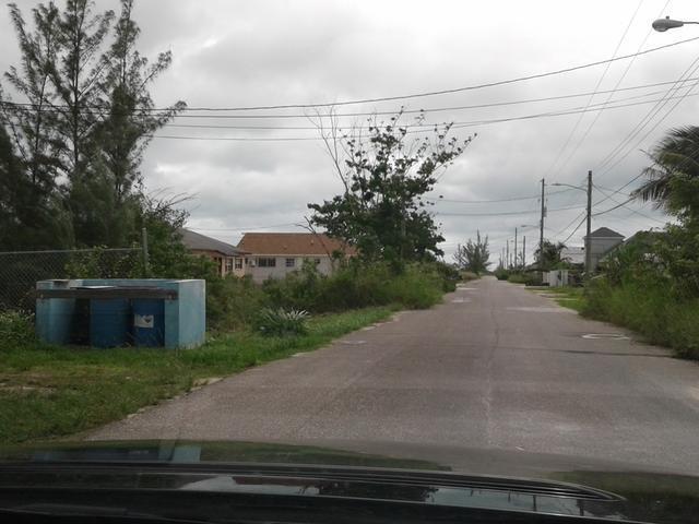 RE/MAX real estate, Bahamas, Carmichael Road, COWPEN ROAD M-F LOT