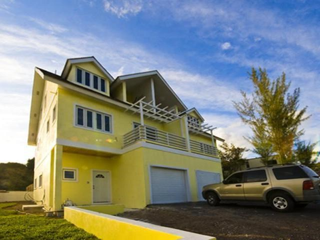 RE/MAX real estate, Bahamas, West Bay Street, 4 BR BEACHFRONT DEV WEST