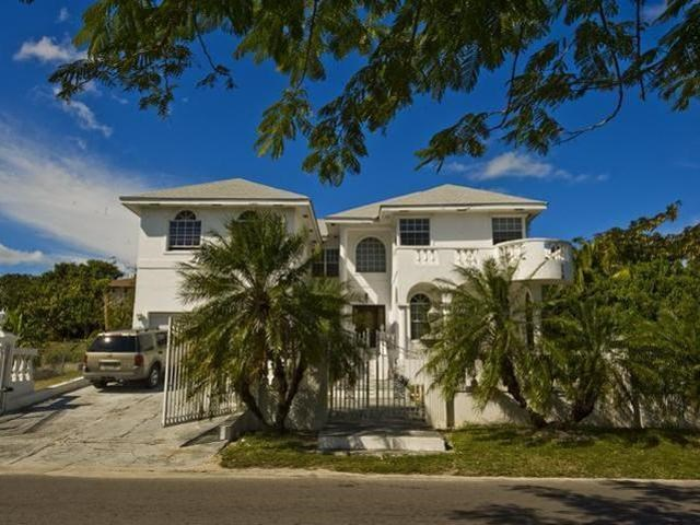 RE/MAX real estate, Bahamas, Camperdown, EASTWOOD ESTATES HOME