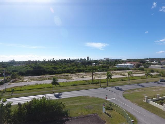 RE/MAX real estate, Bahamas, Freeport, COMMERCIAL LOT