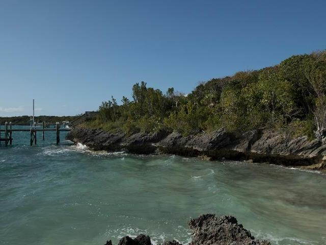 RE/MAX real estate, Bahamas, Marsh Harbour, ORCHID BAY OCEANFRONT