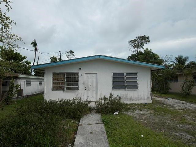 RE/MAX real estate, Bahamas, Pinewood Gardens, THREE BEDROOM PINEWOOD