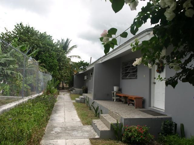 RE/MAX real estate, Bahamas, Carmichael Road, FOURPLEX CARMICHAEL