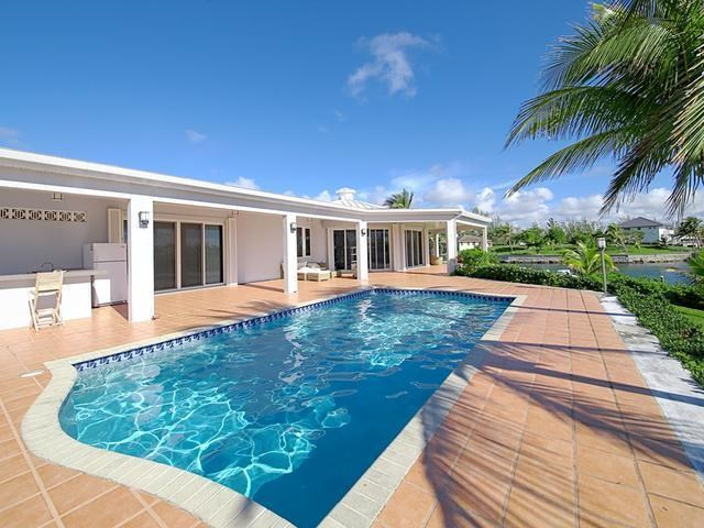 RE/MAX real estate, Bahamas, Fortune Bay, ISLAND CANAL HOME