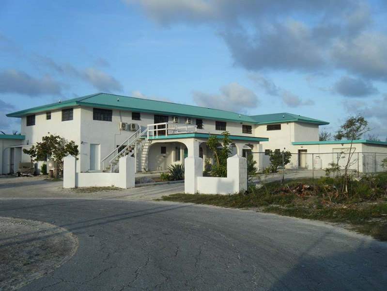 RE/MAX real estate, Bahamas, Bell Channel, BLACKBEARD'S PLACE CANAL HOME