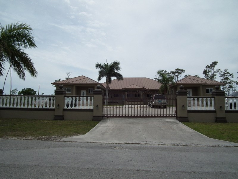 RE/MAX real estate, Bahamas, Freeport, Income Producing 6-Plex for Sale