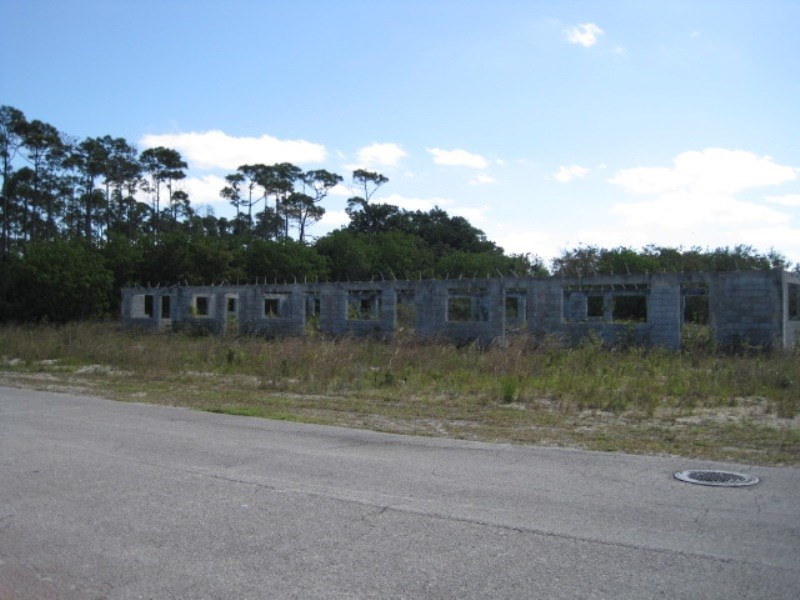 RE/MAX real estate, Bahamas, Bahamia, RECENTLY REDUCED-Incomplete Golf Course 6-Plex