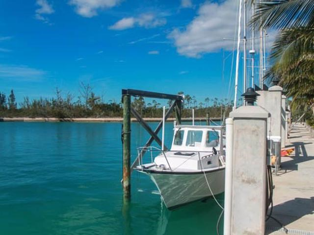 RE/MAX real estate, Bahamas, Freeport, BRAIN CORAL CLOSE