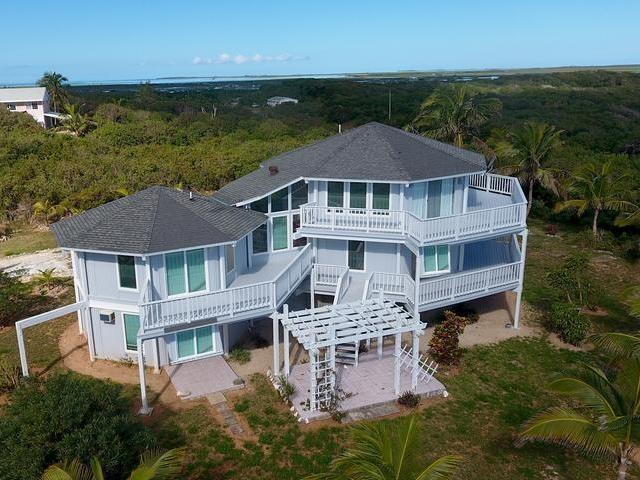 RE/MAX real estate, Bahamas, Marsh Harbour, LONG BEACH VILLA