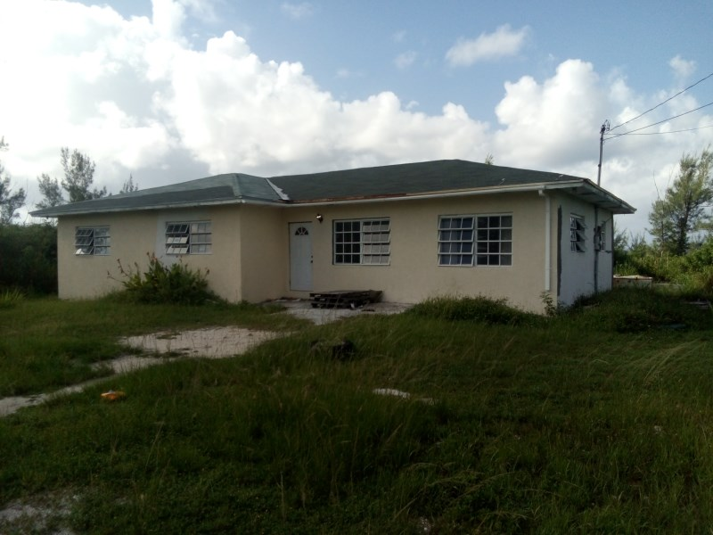 RE/MAX real estate, Bahamas, Freeport, HOME IN HUNTERS