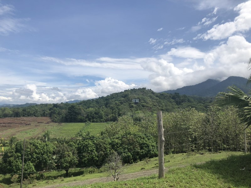 Remax real estate, Costa Rica, Parrita, Property in the mountains close to Manuel Antonio, gated community, more than 5000m2