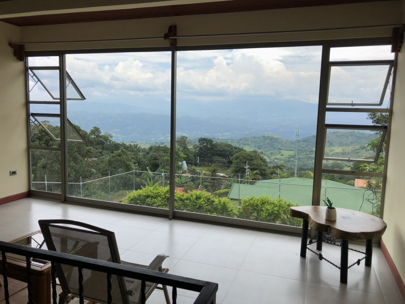 Remax real estate, Costa Rica, Parrita, Beautiful house for sale in Puriscal! The house is only one year old, furnished, has a great view and is in a peaceful neighbourhood!