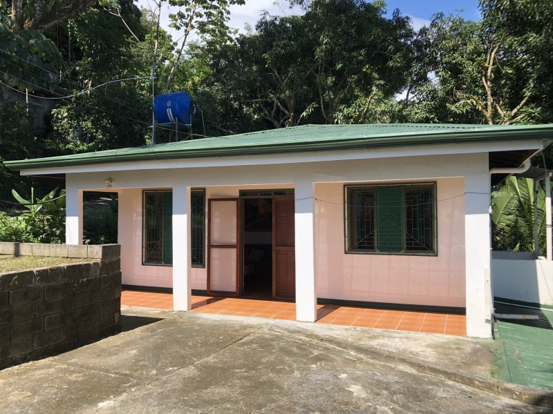 Remax real estate, Costa Rica, Manuel Antonio, 2 Apartement House for sale in Manuel Antonio, live in one and rent out the other!
