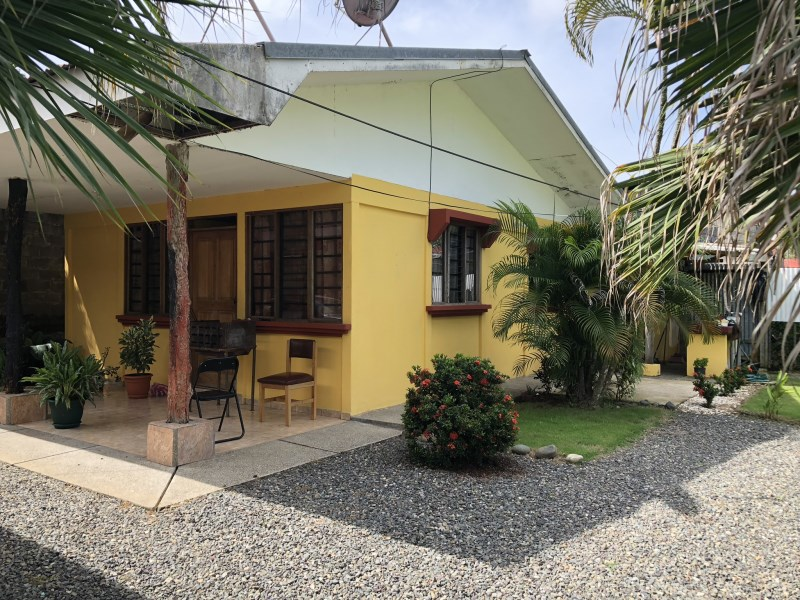 Remax real estate, Costa Rica, Herradura, Herradura, nice property with 2 houses for sale, very conveniently located, close to Costanera, Automercado and Marina, motivated seller