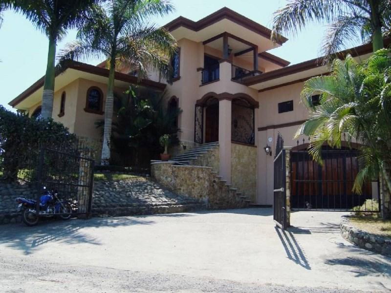 Remax real estate, Costa Rica, Esterillos, Esterillos Oeste, beautiful villa for sale, reduced attractive price!