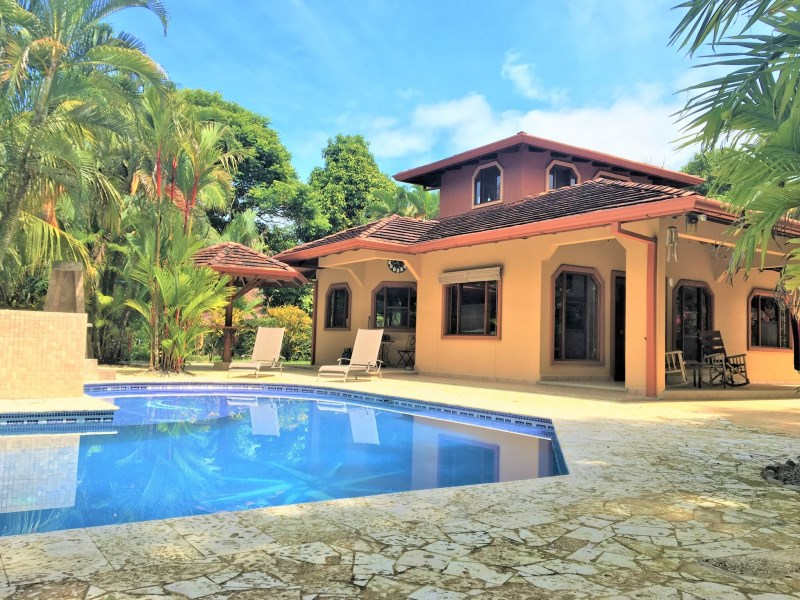 Remax real estate, Costa Rica, Ojochal, Ojochal: Beautiful hilltop property for sale