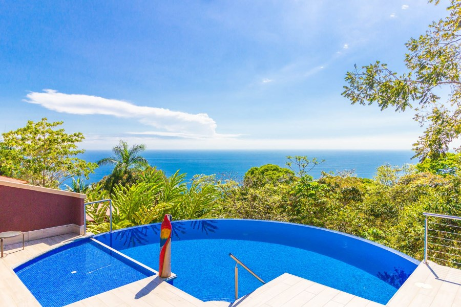 Remax real estate, Costa Rica, Dominical, Escaleras, Dominical: New, modern, custom-built home with stunning 180-degree ocean views