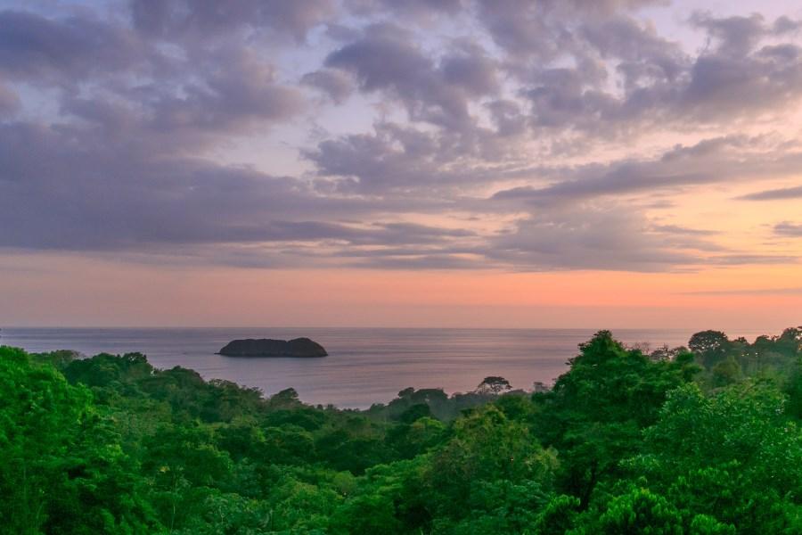 Remax real estate, Costa Rica, Manuel Antonio, Manuel Antonio: Villa Cielo Dulce, luxury living at prime location with pristine views