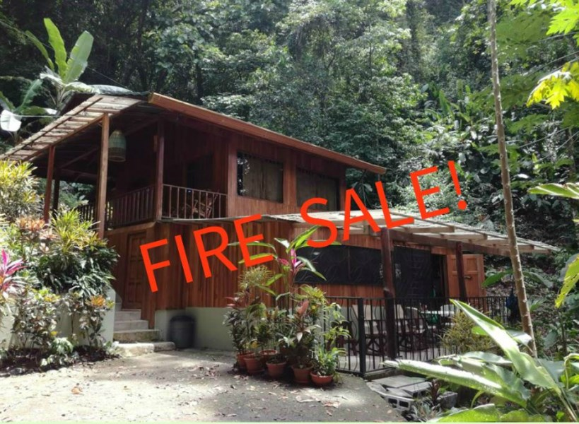 Remax real estate, Costa Rica, Manuel Antonio, Manuel Antonio Estates: Beautiful and romantic Chalet for sale, income producing property, nature and wildlife at your doorstep