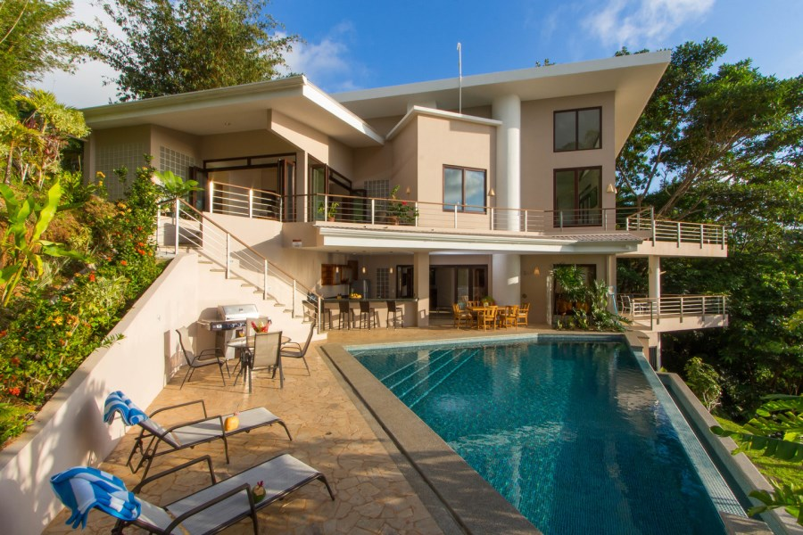 Remax real estate, Costa Rica, Dominical, Escaleras, Dominical: Casa Bambu - 3 bedroom house with stunning ocean sunset views