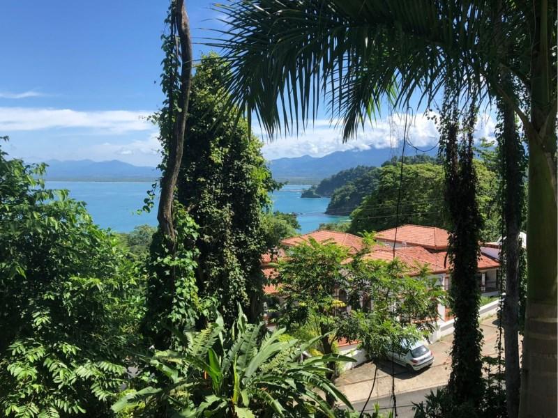 Remax real estate, Costa Rica, Manuel Antonio, Manuel Antonio: lot with road frontage minutes from Playa Biesanz