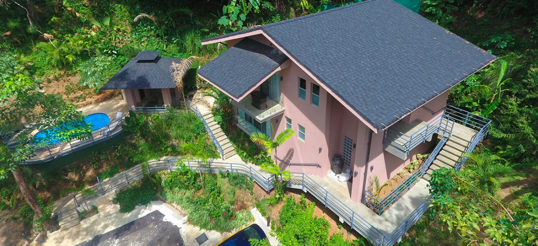 Remax real estate, Costa Rica, Manuel Antonio, Jungle House Tulemar in Manuel Antonio