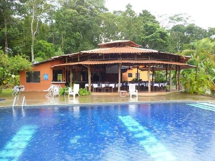 Remax real estate, Costa Rica, Quepos, HOTEL WITH CASINO FOR SALE IN MANUEL ANTONIO, QUEPOS.  NEGOTIABLE PRICE J