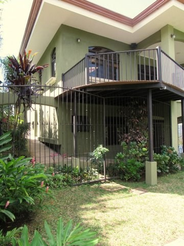 Remax real estate, Costa Rica, Mora - Ciudad Colón, Dream home with fine finishes. Luxury Gated community. In perfect climate! B