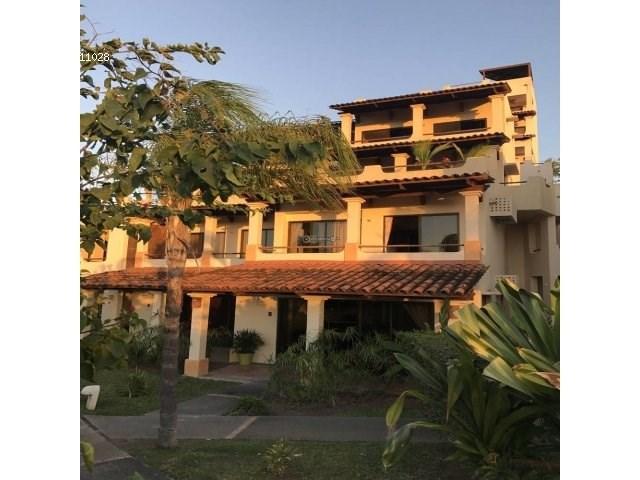 Remax real estate, Costa Rica, El Coco, For sale villa. Its located just 5 minutes walk from the sea. Playa El Coco. J