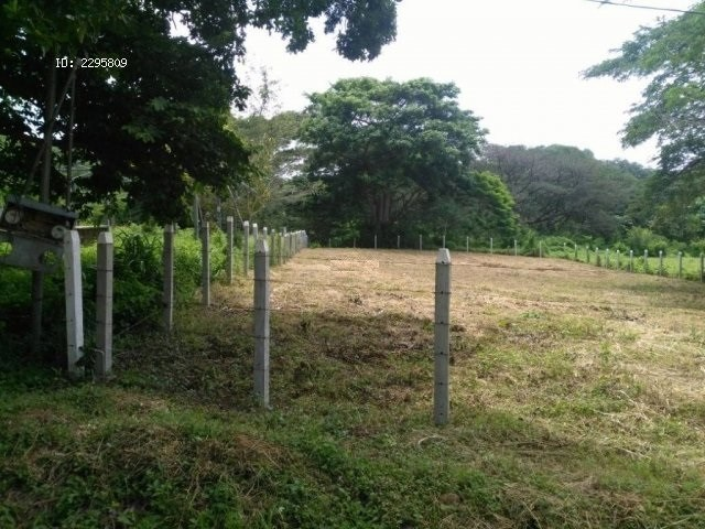 Remax real estate, Costa Rica, La Cruz, La Cruz Guanacaste. Lot 5 minutes from the beaches Jobo and Rajada. Negotiable price. J