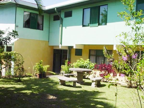 Remax real estate, Costa Rica, Montes de Oca - San Pedro - Barrio los Yoses, For Sale Hotel in Main Street of Los Yoses, San Jóse. Excellent Location. J