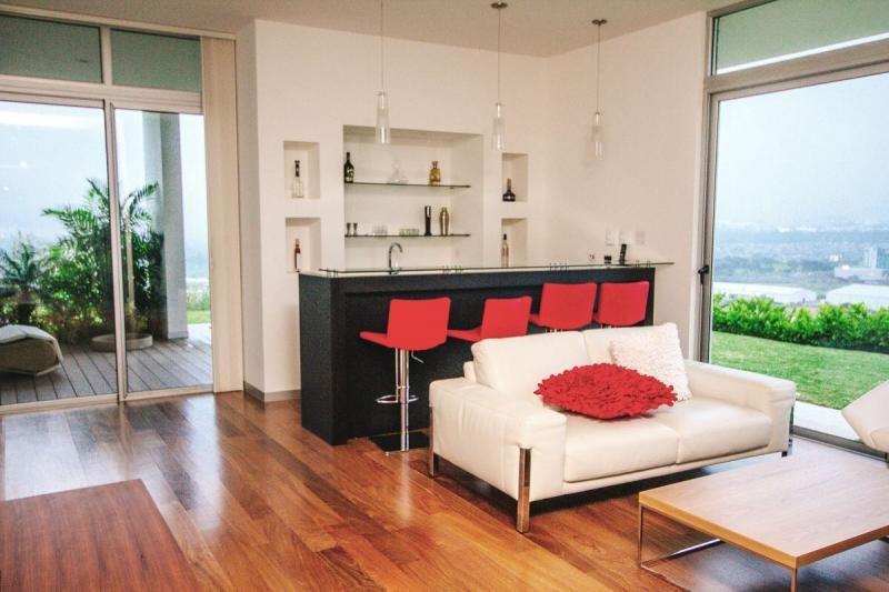 Remax real estate, Costa Rica, Escazú, Beautiful House With Three Floors In Escazú Condominium. J