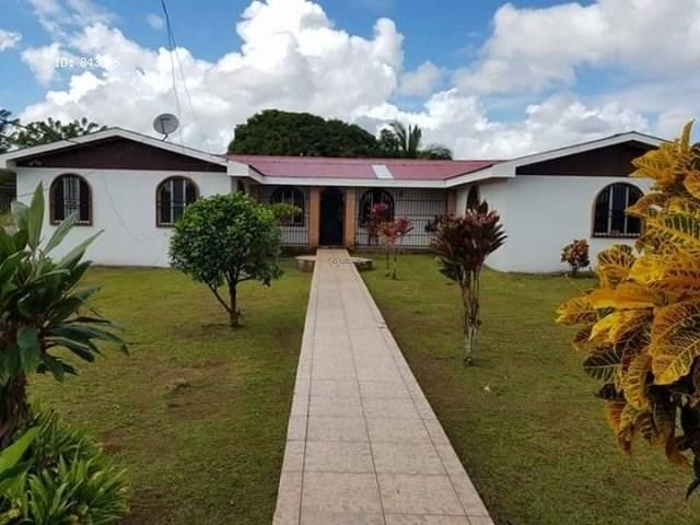 Remax real estate, Costa Rica, Guacimo, GREAT HOUSE FOR SALE IN GUACIMO DE LIMON. Motivate seller. J