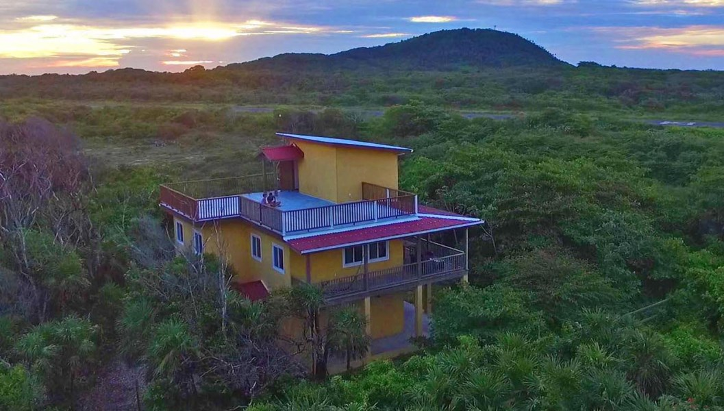 Remax real estate, Honduras, Utila, 3 bed 2 bath Oceanview homeCasa Vista w Incredible Views