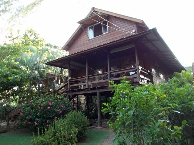 Remax real estate, Honduras, Utila, Quiet home set back from roadCasa Tranquila 1 bed 1 bath