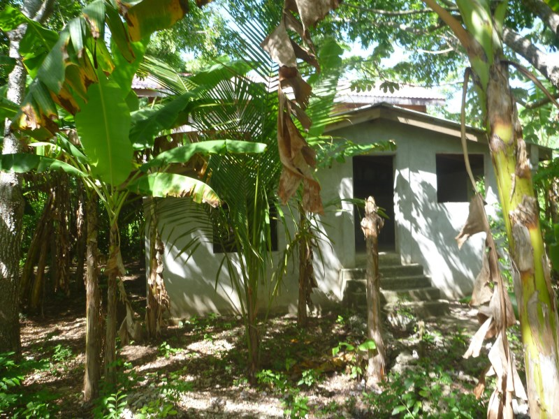 Remax real estate, Honduras, Utila, Hot New Area  Pumpkin HillBargain Finish Home As U Like