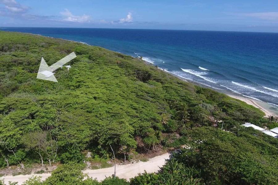 Remax real estate, Honduras, Utila, Pumpkin HillHot Home Site in Hot Area