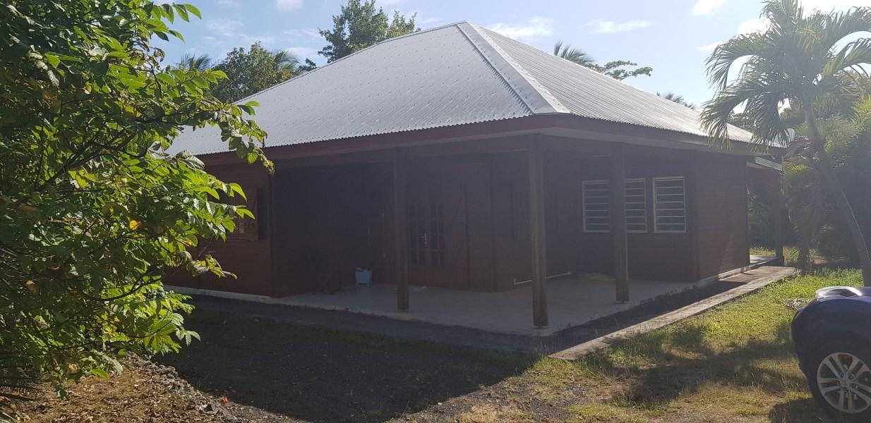 RE/MAX real estate, Guadeloupe, Sainte-Anne, Charmante Villa Type F4 - Secteur très prisé du Helleux