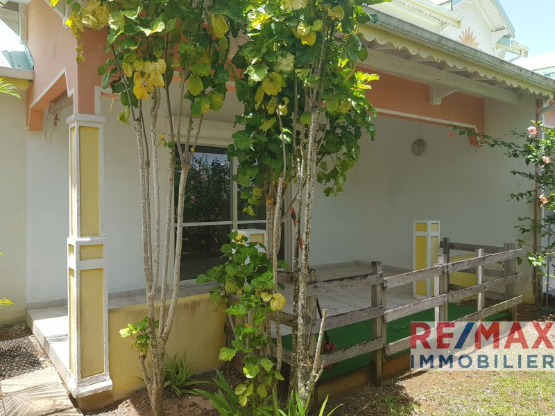 RE/MAX real estate, Guadeloupe, Baie-Mahault, Jolie maison F4 - Lotissement - Baie-Mahault