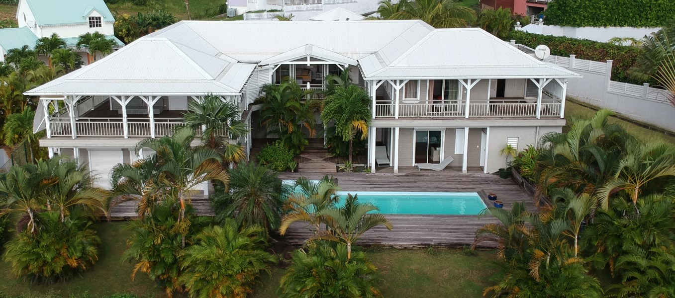 RE/MAX real estate, Guadeloupe, Capesterre-Belle-Eau, Superbe Villa d'architecte - Vue mer