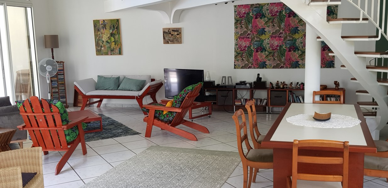 RE/MAX real estate, Guadeloupe, Baie Mahault, Magnifique Villa - Baie-Mahault
