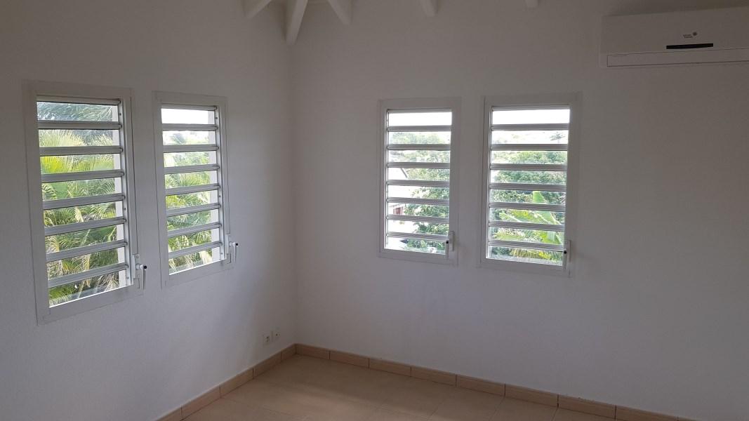 RE/MAX real estate, Guadeloupe, Sainte-Anne, Villa T4 - Secteur prisé - Sainte Anne