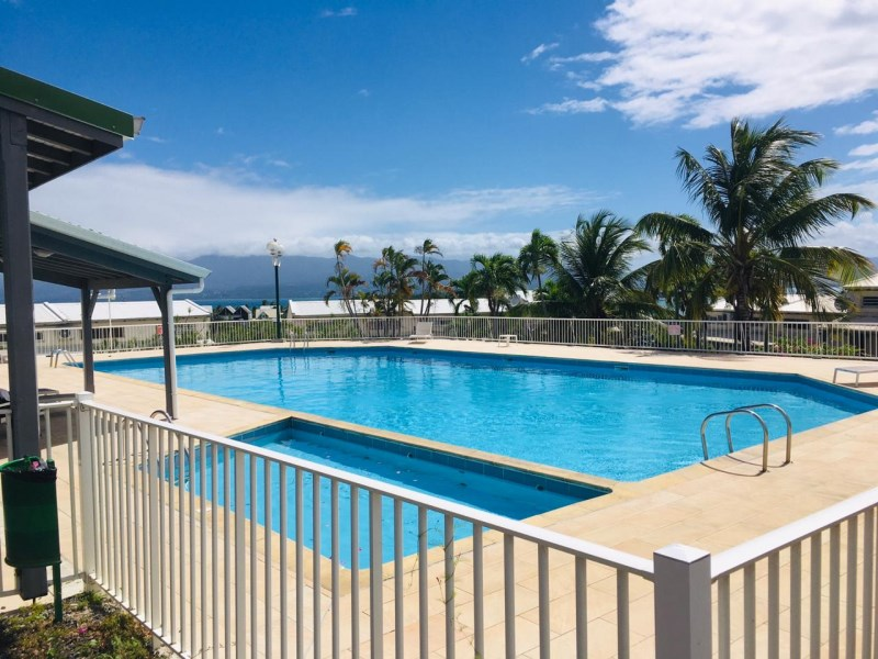 RE/MAX real estate, Guadeloupe, Le Gosier, Studios emplacement exceptionnel